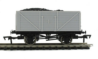 Dapol A002 7 Plank & A006 8 Plank Unpainted Coal Wagons with Coal Inserts - BNIB