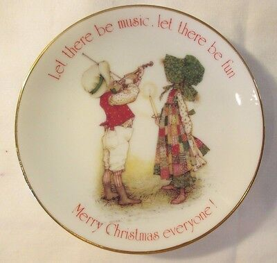 """Vintage 1979 Holly Hobbie """"let There Be Music,..merry Christmas.."""" Mini Plate 4"""""""