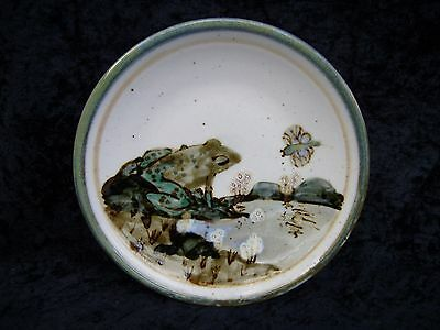 Highland Stoneware Pottery Frog & Dragonfly Plate Dish