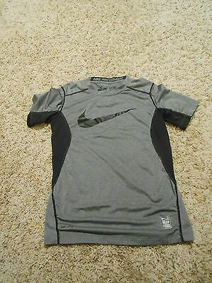 Boys Nike Top Size Small Combat Pro Gray TShirt Athletic Youth Fitted