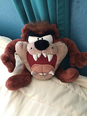Vintage 1997 Looney Tunes Talking Vibrating Taz TAZMANIAN DEVIL Plush Stuffed Se
