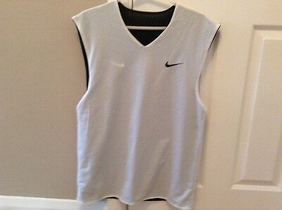 Men's Nike 'V' neck reversible training black/white vest