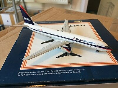 Delta Airlines Boeing 737-800 N378DA Aircraft Model 1:250 Scale Gemini Jets RARE