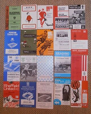 1960's COLLECTION OF OLD FOOTBALL PROGRAMMES (20)