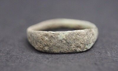 Ancient Roman Bronze Finger Ring 1St - 3Rd Century Ad~