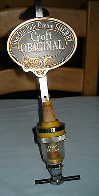 Fine Old Pale Cream Sherry Croft Original optic, sign and bracket 1/3 Gill