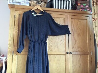 Authentic Wallis1960/ 70s Vintage Dress In Great Condition Lined Size 8