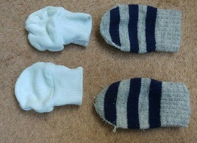 Baby boys scratch mitts & gloves. F&F. Newborn