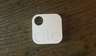 TILE APP KEY FINDER ITEM TRACKER - 2nd GEN - TRACKING DEVICE FOR IOS &GIFT PORCH