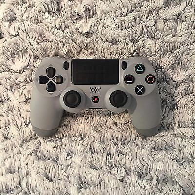 Sony PlayStation DualShock 4 - 20th Anniversary Edition (PS4) Faulty.