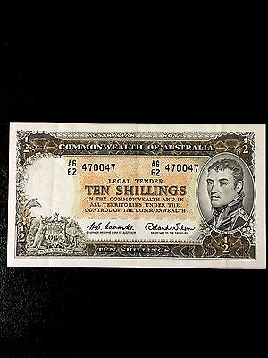 AUSTRALIA; 1961 Ten Shilling Banknote 'Repeater Serial Number' Rare