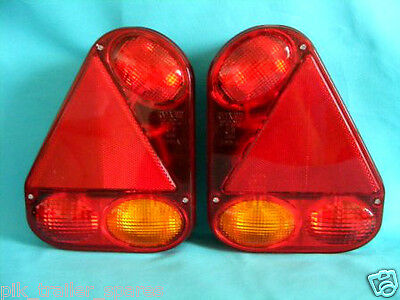 2 x Radex 2900 Quick-Fit Plug In Rear Trailer Lamps with Marker Power Outlet