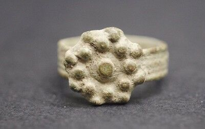 Tudor Period Bronze Finger Ring With Floral Design 16Th Century