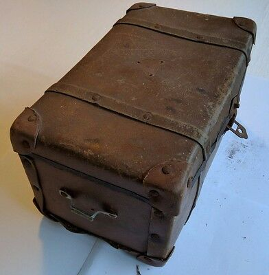 Small trunk chest box - vintage antique shabby chic (inc. 1950 newspaper)