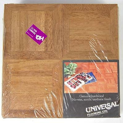 UNIVERSAL FLOORING LTD OAK PARQUET HARDWOOD FLOORING 10 sq ft #55104 HONEY COLOR