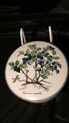"Villeroy And Boch Botanica 5 5/8"" Trinket Candy Box with Lid Vaccinium Myrtillus"