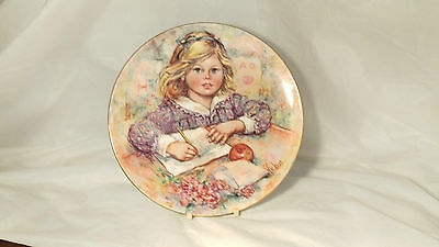 """Wedgwood Wistful Blossoming of Suzanne by Mary Vickers 9 1/8"""" Collector Plate"""