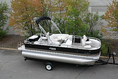 New 19  fish and fun Grand Island pontoon boat Factory Direct with 300 pontoons