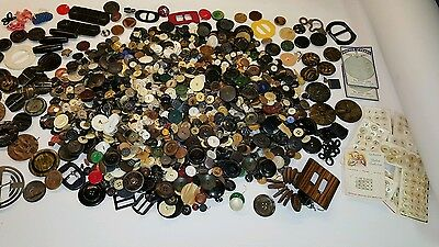 HUGE  Mixed Sewing Button Estate Lot~Vintage Antique New~Glass~ Wood~ Bakelite