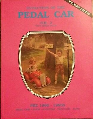 PEDAL CAR  VALUE GUIDE COLLECTOR'S BOOK Pedal Car Sled Tricycle Scooter ++
