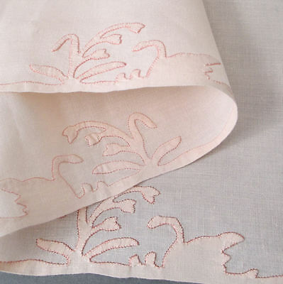 "9-Pc Set Vintage HM MADEIRA Linen 8 PLACEMATS + 33"" Runner Hand Appliqued SWANS"