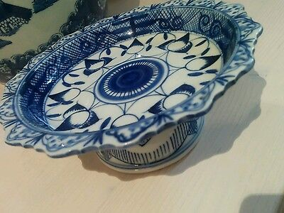 A pretty vintage oriental blue and white sweet dish