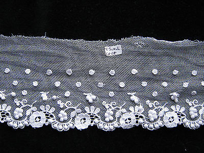 Very Lovely Antique Vintage Lace Trim with Lace Balls and Dots 85 cm