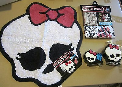 Monster High Fabric Shower Curtain Rug Soap  Pump Toothbrush Holder 4 Pcs New!