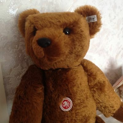 Large Extra Special Steiff Bear Complete With Box And Certificate