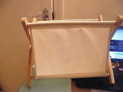 Plain Cream Freestanding Folding Sewing/Knitting Bag With Wooden Frame