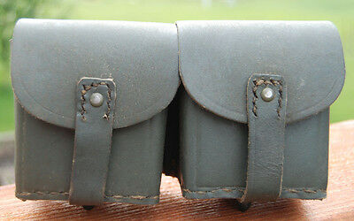 WWII Italian gray leather ammo pouch for M1891 M38 Carcano Rifle (2)