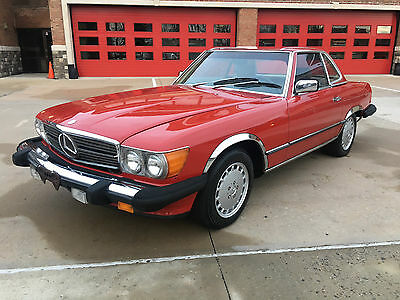 Mercedes-Benz 500-Series Base Convertible 2-Door 1987 Mercedes-Benz 560SL 2 Owner 78k Miles Beautiful Clean Carfax MUST SEE WOW