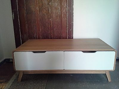 Coffee table with 2 drawers (Unanderra)