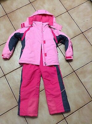 Kids snow clothing size 6
