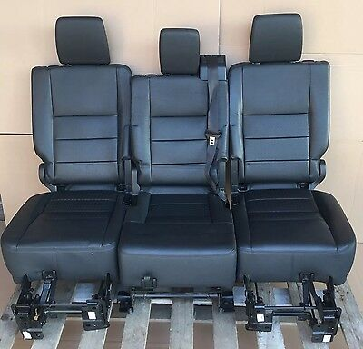 Land rover discovery 3/4 Black Leather Rear Seats