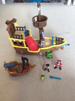 Jake and the Never Land Pirates large Ship And captain hooks boat and characters