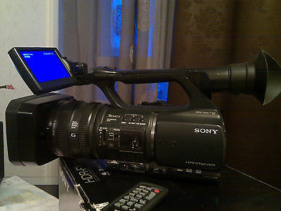 Sony HDR-FX1000E Camcorder