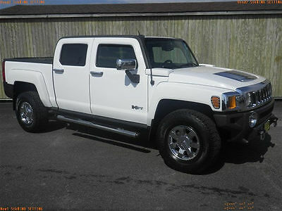 2010 Hummer H3T Luxury Editino 2010 HUMMER H3T White Luxury Edition Adventure Package Crew Cab 4x4