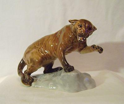 Beswick Cougar model 1823 - early one, dated 1965 on original price label! a/f