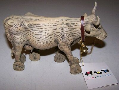 NWT COW PARADE PULL TOY Collectible Small Statue Faux-Wood Beige with Cowbell