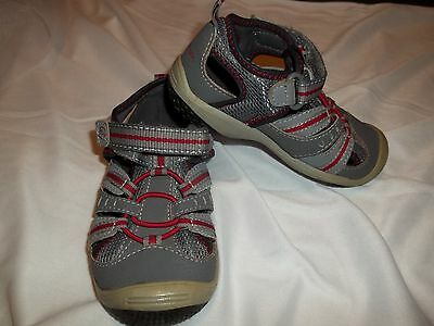 STRIDE RITE BABY RIFF Boys Size 8W (Toddler) Gray/Red Sandals