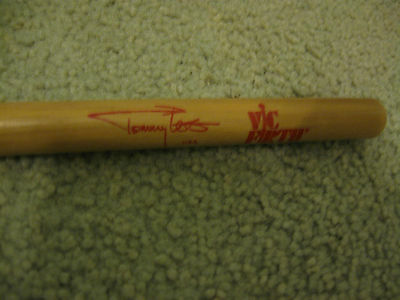 MOTLEY CRUE  TOMMY LEE  drumstick Vic Firth