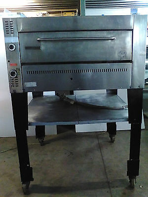 Goldstein G236 Commercial Natural Gas Pizza Oven