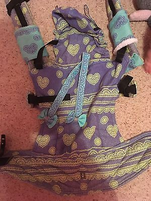 Lenny Lamb Baby Ssc Carrier In Lavender lace Print
