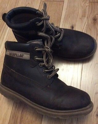 Caterpillar Nubuck Leather Boys Boots Size 2.5 Wider Fit