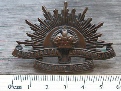 Original WW1 WW2 Australian Army Rising Sun ANZAC hat badge STOKES
