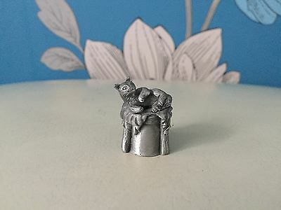 Very Collectable & Rare Pewter Thimble - Not Solid Silver/Gold - Cat Lying Down
