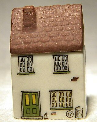 Wade Whimsey-On-Why  Miniature House  Tinkers Nook 17
