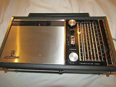 Vintage Grundig Satellit Transistor 5000 Radio with original case