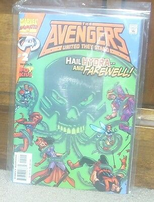 AVENGERS UNITED THEY STAND Issue 2 Dec 1999 Marvel Comics Hawkeye Wasp Tigra